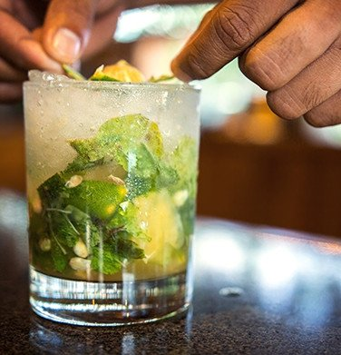 mojito cocktail drink in round glass